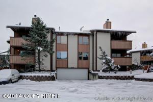 7260 Huntsmen Circle, Anchorage, AK 99518