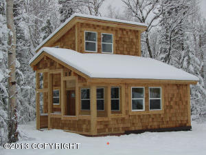 Front of Cottage/One Bedroom