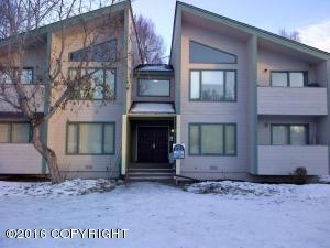 7531 Bearfoot Circle, Anchorage, AK 99502