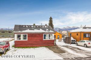 425 Mumford Street, Anchorage, AK 99508