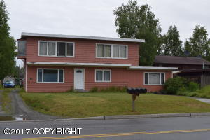 4110 MacInnes Street, Anchorage, AK 99508
