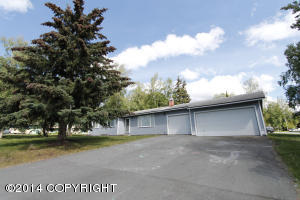 10611 Sanford Circle, Eagle River, AK 99577