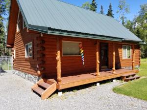 Perfect B&B or Starter Home!