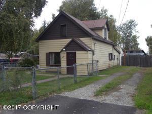 1422 Laurene Street, Fairbanks, AK 99701
