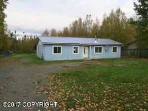 6300 S Northern Lights Street, Wasilla, AK 99623