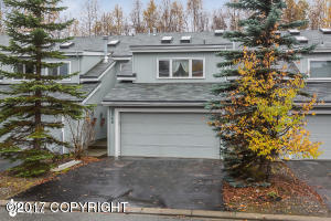 2948 Brittany Place, Anchorage, AK 99504