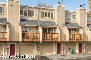 3134 W 34th Avenue, Anchorage, AK 99517