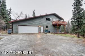9641 Grover, Anchorage, AK 99507