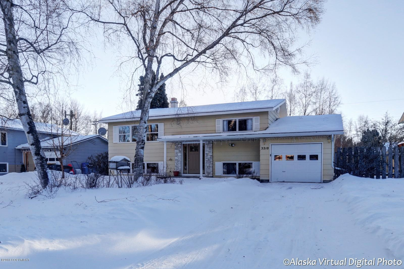 3210 W 31st Avenue Anchorage Home Listings - Janelle Pfleiger Real Estate