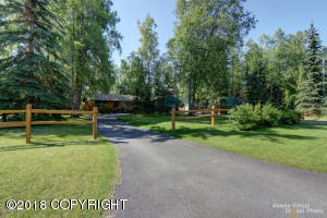 7508 Old Harbor Avenue, Anchorage, AK 99504