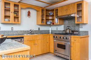 3001 Widgeon Lane, Anchorage, AK 99508