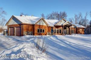 Beautiful Ranch situated on 5.77 Acres