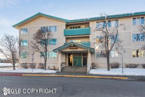 836 M Street, Anchorage, AK 99501