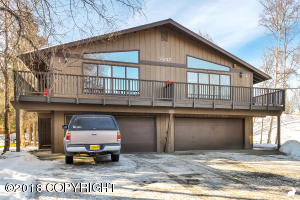 7207 Foxridge Circle, Anchorage, AK 99518