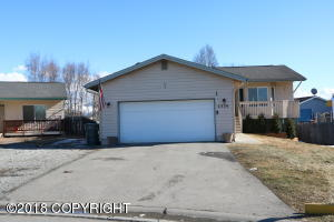 Property for sale at 2320 Leopard Circle, Anchorage,  AK 99502