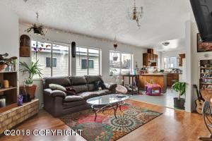 236 W 13th Avenue, Anchorage, AK 99501