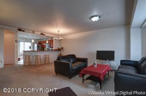6571 Kara Sue Loop, Anchorage, AK 99504