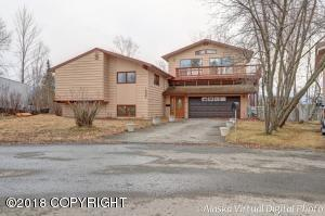 1027 Bench Court, Anchorage, AK 99504