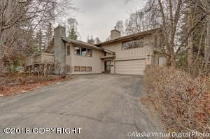 Property for sale at 3424 Wingate Circle, Anchorage,  AK 99508
