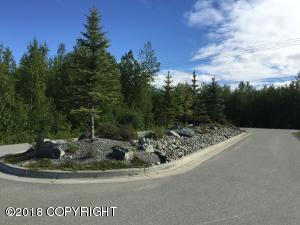 Entrance island at Alpine View