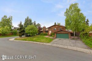 901 Fairwood Drive, Anchorage, AK 99518