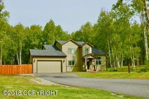 Nearly new custom home on a cul-de-sac in one of the Valley's premier new subdivisions, Vail Estates! Excellent commute location off Trunk Road...only 45 miles to downtown Anchorage.