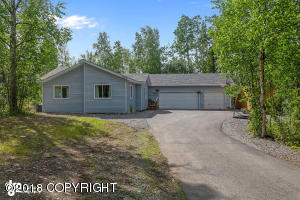3346 S Krystal Place, Big Lake, AK 99652