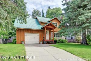 2613 W 27th Avenue, Anchorage, AK 99517