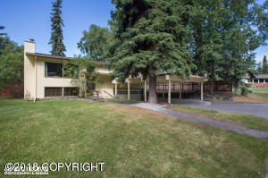 Lovely home with large, mature trees