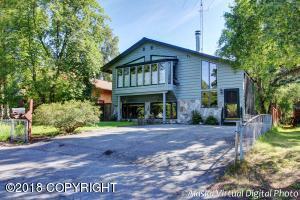 3305 Woodland Park Drive, Anchorage, AK 99517