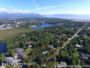 Great location near Sundi & Jewel Lakes, Jade Park & Kincaid