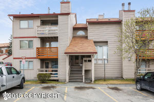 9715 Independence Drive, Anchorage, AK 99518