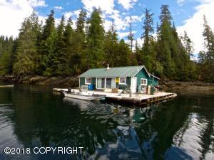 000 Thorne Bay Float House, Thorne Bay, AK 99919