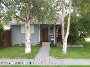9800 Newhaven Lane, Anchorage, AK 99507