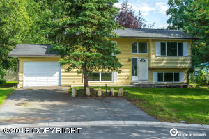 2911 Wiley Post Avenue, Anchorage, AK 99517