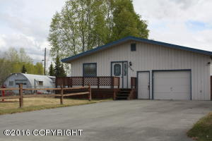 8245 Stormy Place, Anchorage, AK 99518
