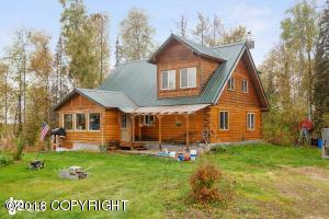 6245 S Sapphire Circle, Big Lake, AK 99652