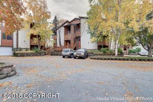 7351 Huntsmen Circle, Anchorage, AK 99518