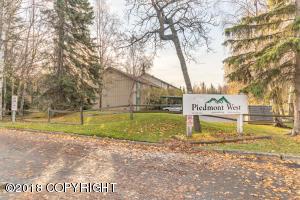 3011 Lois Drive, Anchorage, AK 99517