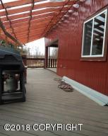 COVERED DECK/PORCH - ENTRY