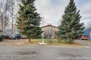 8436/8438 Laviento Drive, Anchorage, AK 99515