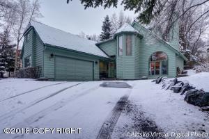4811 Hunter Drive, Anchorage, AK 99502