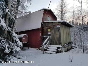 370 Lake Trout Lane, Fairbanks, AK 99712