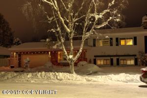 2945 Yale Drive, Anchorage, AK 99508