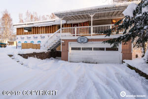 7437 Bern Street, Anchorage, AK 99507