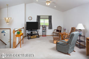 Vaulted Ceilings and can lighting!