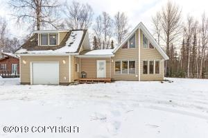 3695 S Muskrat Street, Big Lake, AK 99652