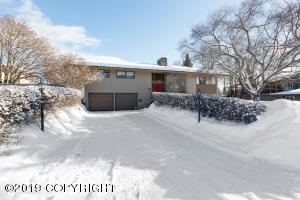 2637 Arlington Drive, Anchorage, AK 99517