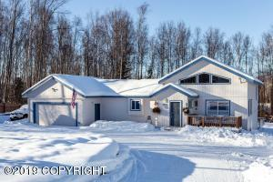 Custom home with tons of room! 4 bedrooms 3 baths. Large U shaped driveway with RV or trailer parking, and fenced in back yard