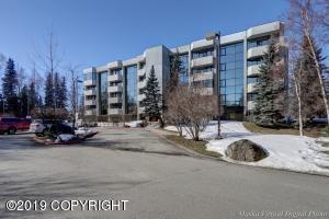 600 W 76th Avenue, Anchorage, AK 99518
